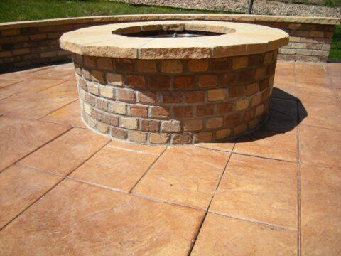 Circular stone firepit 2 close