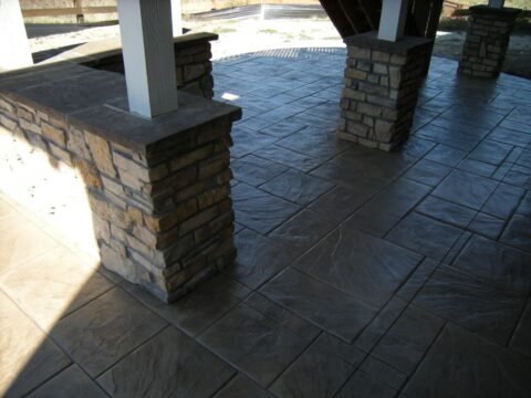 Concrete stone wall and pillars